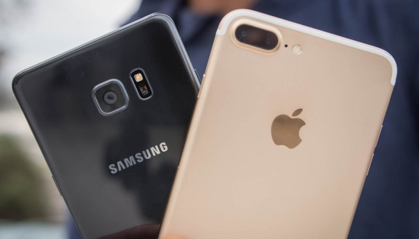 Apple overtakes Samsung in Q4 smartphone sales