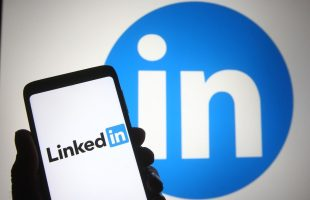 For their well-being, LinkedIn workers are given a week-long 'RestUp' break.
